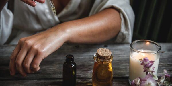 właściwości olejku z kwiatów konopi